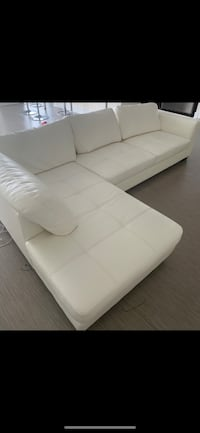 White leather 2pc sectional Smyrna, 30080