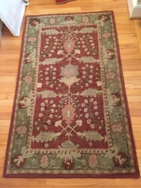 Pottery Barn Franklin Persian-style rugs 42 km