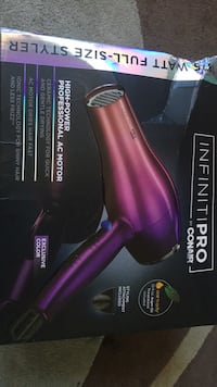 Infiniti pro tri-ombre dryer.Ac motor dries hair fast. Indianapolis, 46227