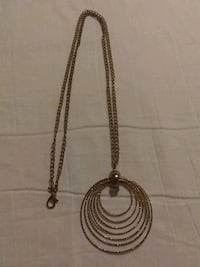 Gold tone necklace Morristown, 37814
