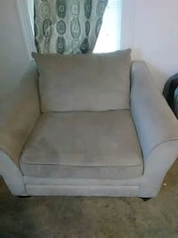 Big love seat Omaha