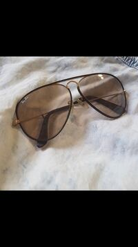 black framed Ray-Ban sunglasses Vaughan