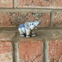 Miniature lucky elephant porcelain  Lakemoor, 60051