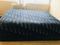Queen mattress with box spring Prospect Heights, 60070