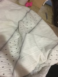 Twin size mattress cover  Vancouver, V5V 2H6