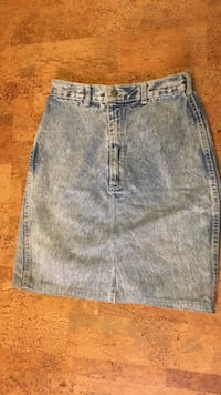 Vintage Acid wash high rise skirt Calgary, T2T 0H2