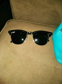 black framed Ray-Ban sunglasses Corpus Christi, 78416