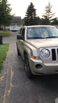 Jeep - patriot - 2010