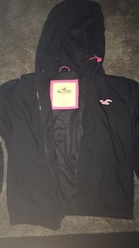 Brand new Hollister jacket worn once original price was 40 size small Grawn, 49685