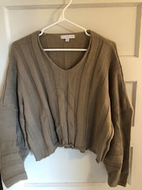 Crop Sweater Toronto, M6P 2G6