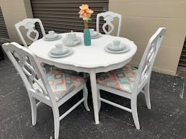 Aztec white shabby chic table & 4 chairs