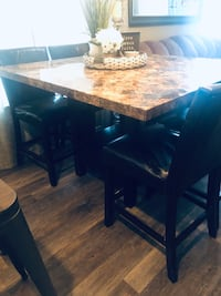 Dinner table, marble table, kitchen table, table, dining room table, kitchen dinner table  Salem, 97317