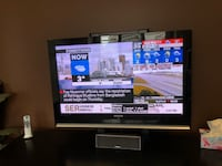 40 inch Flat screen Samsung TV with Stand 560 km