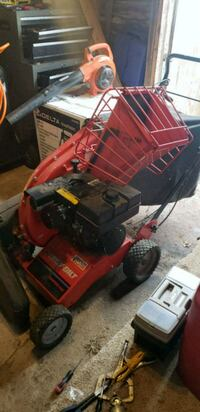 5hp self propelled troy built chipper vac Westminster
