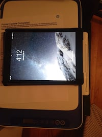 64 GB IPad Pro with brand new case and charger Wilmington, 28403
