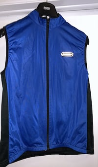 Sugoi biking vest medium