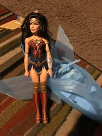 Wonder Woman Doll & Invisible Jet Like New  Albuquerque, 87114