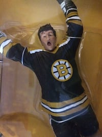 Bobby Orr McFarlane large figure Barrie, L4M 2M4