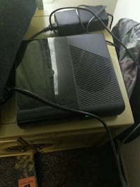 Black xbox 360 with controller Gerrardstown, 25420