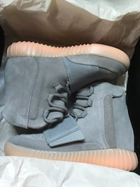 Yeezy 750 grey glow at night  Capitol Heights, 20743