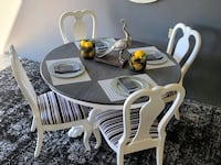 Dining table and chairs Virginia Beach, 23454