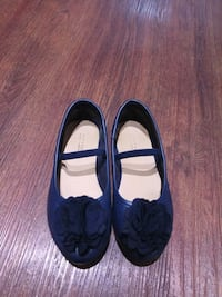 Girl Shoes size 9 Montreal, H3B