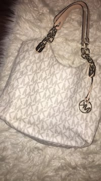 white and gray Michael Kors leather tote bag Fredericktown, 15333