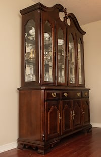 Dining room furniture null