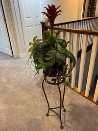 Decoration piece with stand