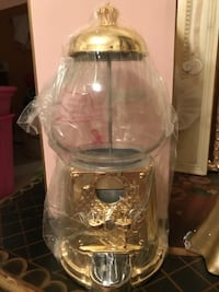 Gorgeous! Gold Juicy Couture LUXE Gumball  Machine Gainesville, 20155