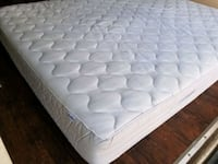 Queen mattress. 150 delivery 30. Box 30