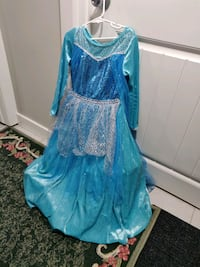Kids frozen dress. 7 - 8 years old