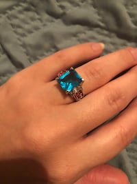 Size 7 ring blue