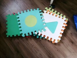 Baby play mats 11 peices