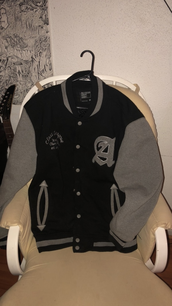 Black and gray button up jacket 2xl