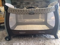 Baby's black and white graco pack n play Richmond Hill, L4E 2S3