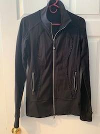 Lululemon ruffle zip up Toronto, M4P 2K6