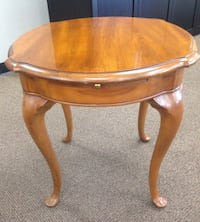 Thomasville End Table  Lake Forest, 92679