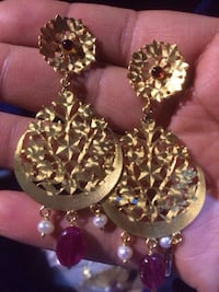 gold chandelier stud earrings Ahmedabad, 380024