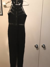 Overall jumpsuit new never used and set of two piece new size s Oxon Hill, 20745