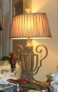 Brown and black wooden table lamp Saint-Lazare, J7T