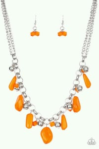 Neckles whit free earings  Bronx, 10455