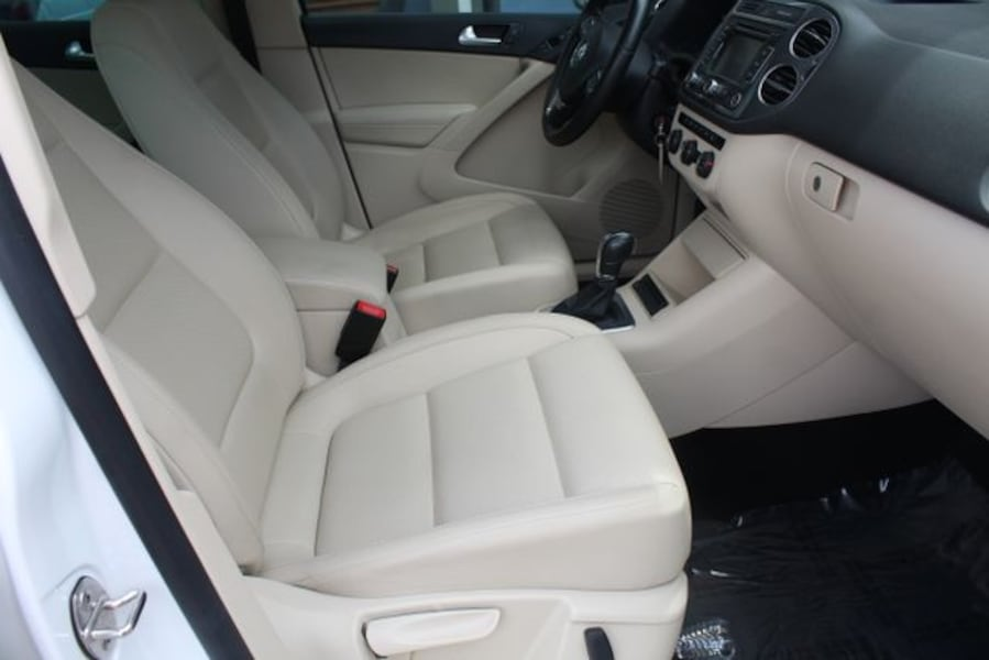 Used 2013 Volkswagen Tiguan for sale be37d6b7-c42a-48b5-895f-25a8c6d40091