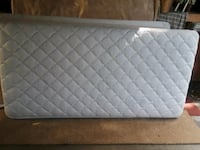 Twin quilted white mattress & box spring