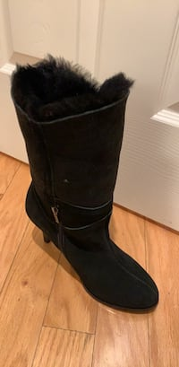 Size 9 brand new ugg shoes San Jose, 95131