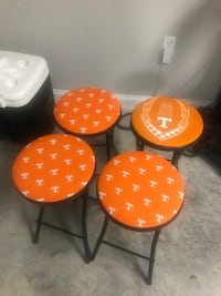 Custom Tennessee chairs 504 mi