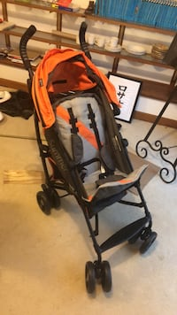 baby's orange and black stroller Burke, 22015
