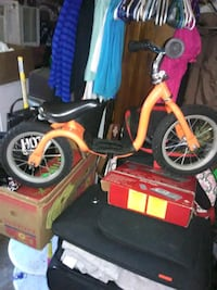 Childrens peddeless bike   Newberg, 97132