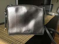 Nine west levona crossbody bag Greenbelt, 20770