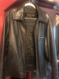 Men's guess leather jacket size large new condition  Manalapan, 07726